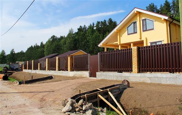 Загородный рынок февраля: последний месяц без заразы и дом с участком за 1,5 млн рублей
